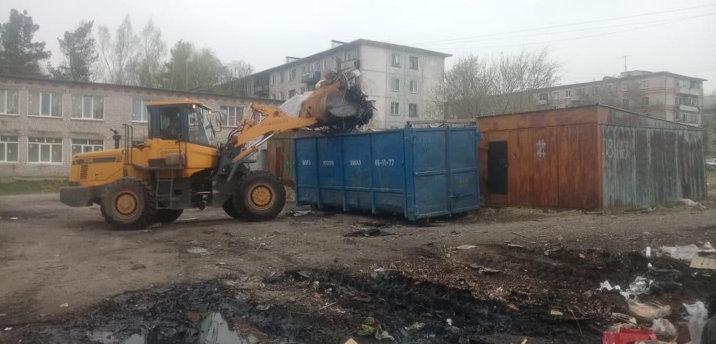 Вывоз мусора контейнером 18-27м3 (мультилифт)